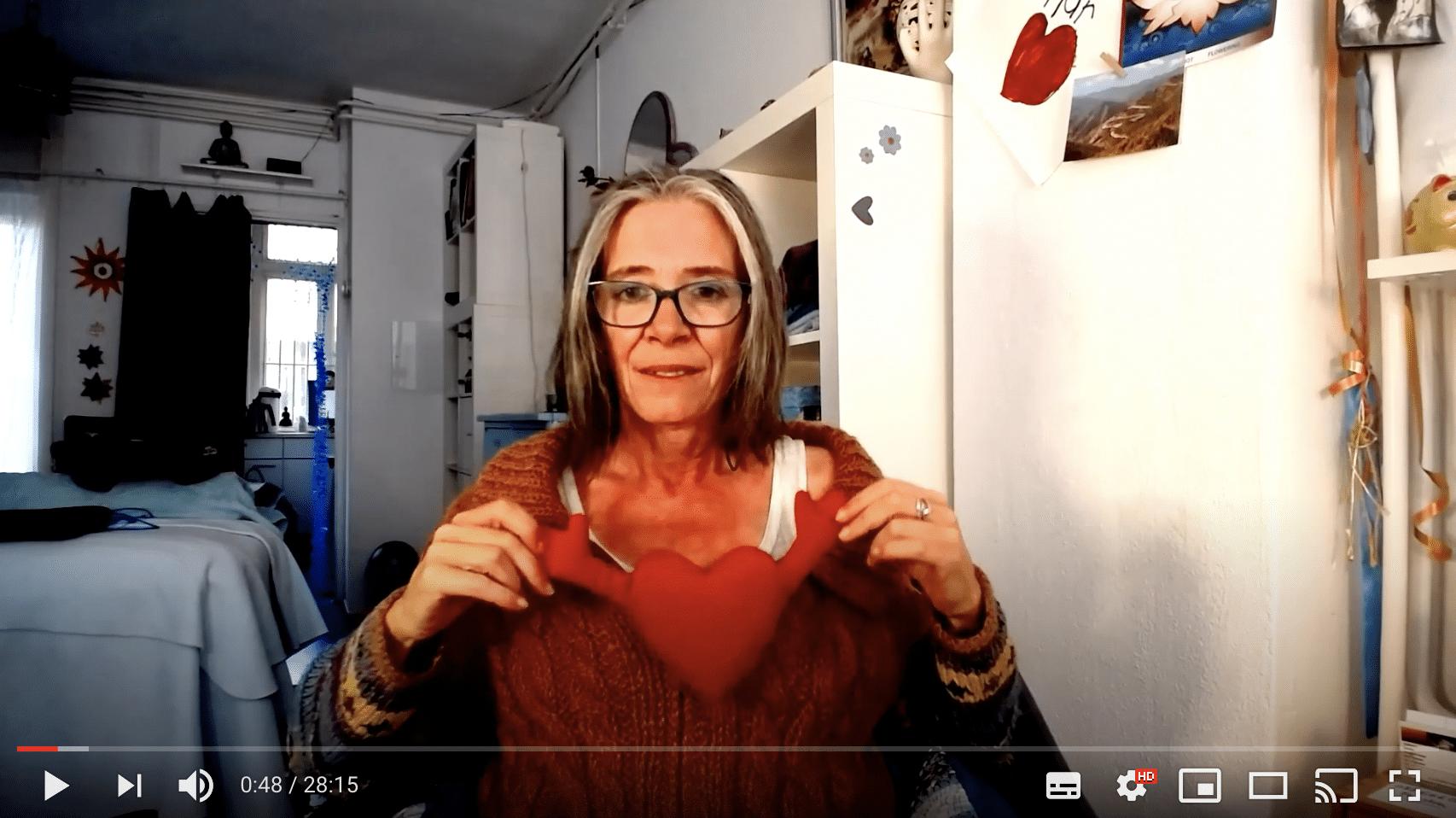 Video: Hoe kun je goed voor je borsten zorgen?